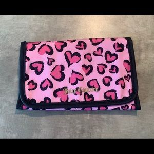 🐿 Juicy couture makeup brush bag
